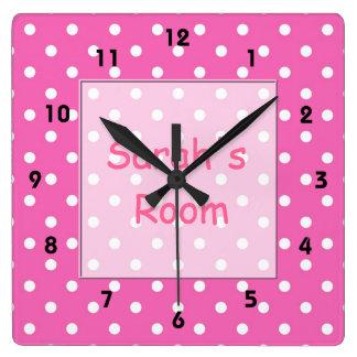 Personalizar precioso, lindo, lunares rosados reloj cuadrado