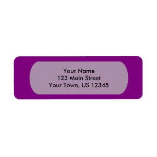 Personalizar púrpura de la plantilla con las etiqueta de remitente