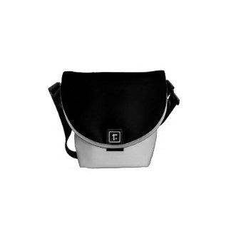 Personalizar simplemente negro del color sólido él bolsa messenger