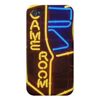 PERSONALIZE GAMERS iPhone 4 CASES