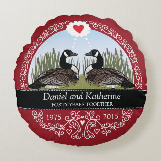 Personalized 40th Wedding Anniversary, Geese Round Pillow