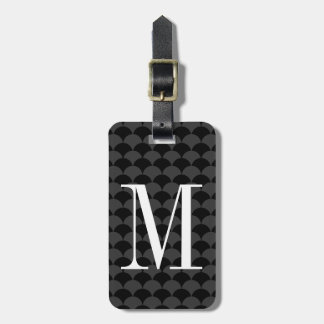 Personalized monogram scallop pattern luggage tag