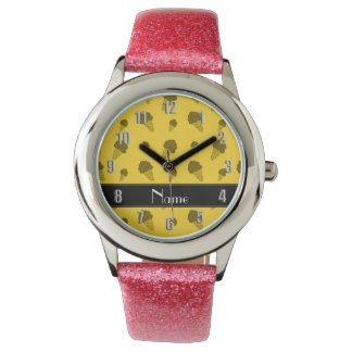 Personalized name yellow ice cream pattern wristwatches