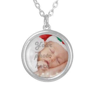 Personalized photo round pendant necklace