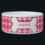 "Personalized pink polkadots dog bone pet food bowl<br><div class=""desc"">This ceramic dog food bowl has a pink,  fuchsia,  and white large polka dot pattern in the background.  In the middle,  there is a large white bone with an easily customized name of your doggie written in hot pink.</div>"