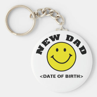 Personalized Smiley Face New Dad Gift Basic Round Button Keychain