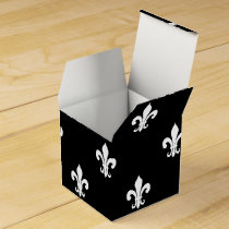 Personalized wedding favor box | fleur de lis
