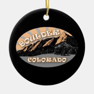 Personalizó el Flatirons Boulder Colorado Adorno Navideño Redondo De Cerámica