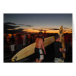 personas que practica surf de Maui Tarjeta De Felicitación