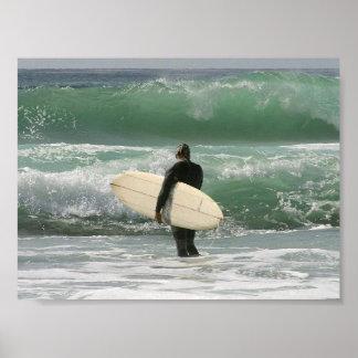 Personas que practica surf que practican surf depo póster