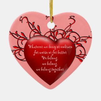 Pertenecemos juntos adorno navideño de cerámica en forma de corazón