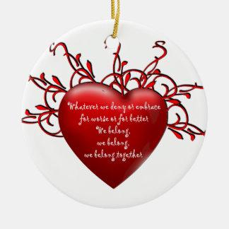 Pertenecemos juntos adorno navideño redondo de cerámica
