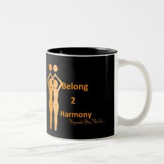 Pertenezco taza negra anaranjada de 2 armonías