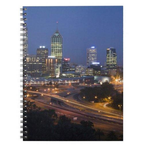 Perth, Australia. Vista de Perth céntrica de Spiral Notebooks
