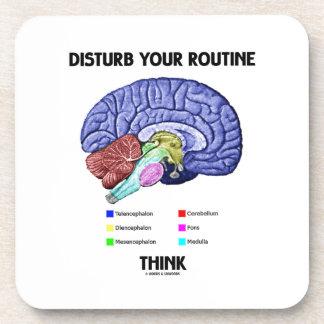 Perturbe su rutina piensan (la anatomía del posavaso