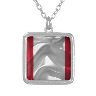 Perú-Bandera Collar Plateado