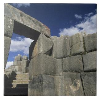 Perú, Cuzco, fortaleza de Sacsayhuaman, buen ejemp Azulejo Cuadrado Grande