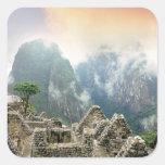 Perú, Machu Picchu, la ciudad perdida antigua de Calcomanía Cuadradas