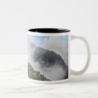 Peru, Machu Picchu, the ancient lost city of 4 Two-Tone Coffee Mug