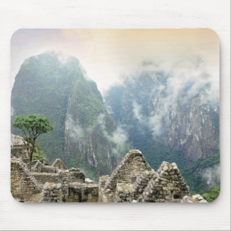 Peru, Machu Picchu, the ancient lost city of Mouse Pad