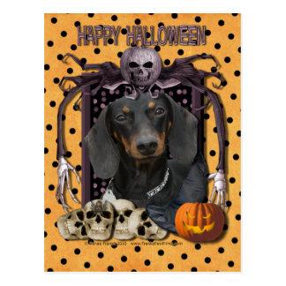 Pesadilla de Halloween - Dachshund - Winston Tarjeta Postal