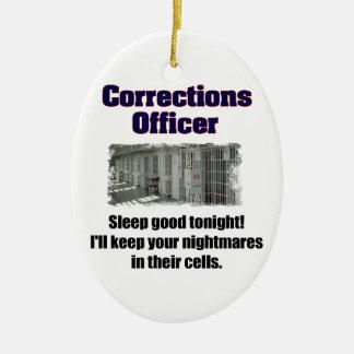 Pesadillas del oficial de correcciones adorno navideño ovalado de cerámica
