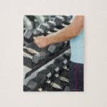 Pesas de gimnasia de elevación 2 de la mujer puzzle