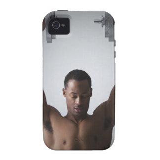 Pesas de gimnasia de elevación 2 del hombre muscul Case-Mate iPhone 4 carcasa