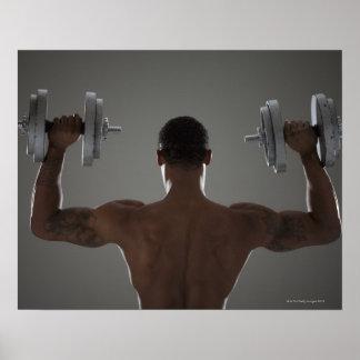 Pesas de gimnasia de elevación físicamente cabidas poster