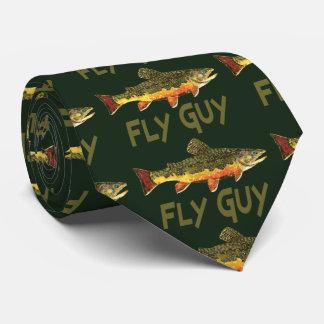 Pesca con mosca del individuo de la mosca corbata