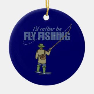 Pesca con mosca del río en aves zancudas adorno navideño redondo de cerámica