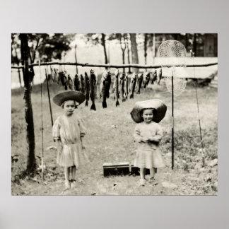 Pesca de 1890 chicas póster