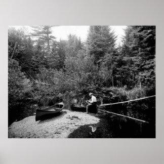 Pesca de la canoa de Adirondack Poster