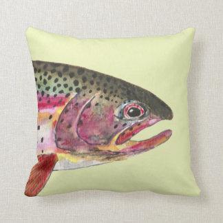 Pesca de la trucha arco iris cojín decorativo