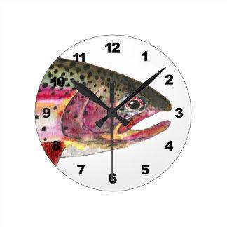 Pesca de la trucha arco iris reloj redondo mediano