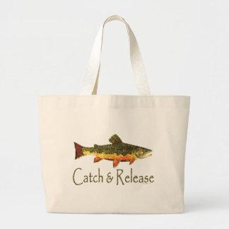 Pesca de la trucha de la captura y del lanzamiento bolsa tela grande