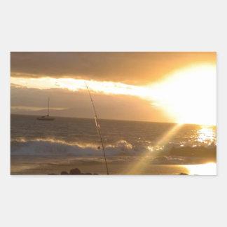 Pesca de Maui Hawaii en la puesta del sol Pegatina Rectangular