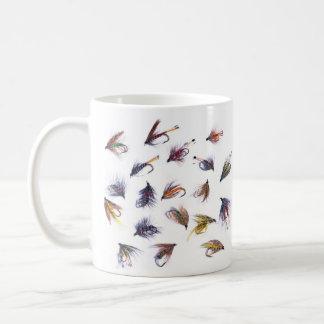 pesca de moscas taza de café