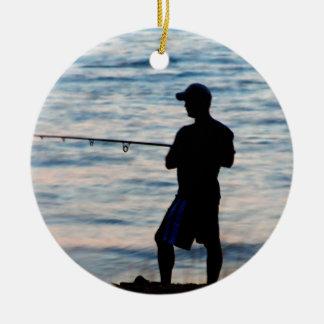 Pesca de resaca en el ornamento de la oscuridad 6 ornamentos de reyes magos