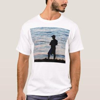 Pesca de resaca en la camiseta de la oscuridad 6