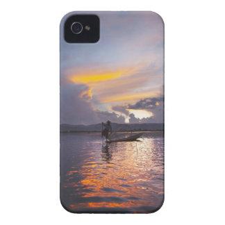 Pesca del barco de rowing de la pierna del iPhone 4 coberturas
