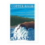 Pesca del oso en el río - el río Copper, Alaska Tarjetas Postales