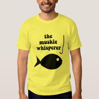 pesca del whisperer del muskie playera