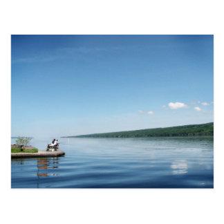 Pesca en el lago Cayuga Tarjetas Postales