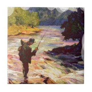 Pesca en la curva en el río azulejo cuadrado pequeño