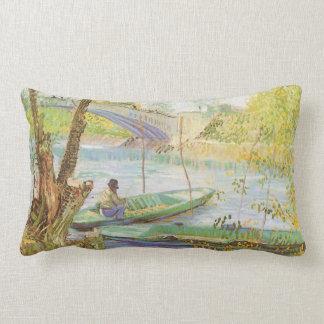 Pesca en primavera de Vincent van Gogh Cojín Lumbar