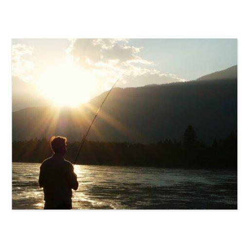 Pesca en un rayo de sol tarjetas postales