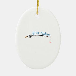 Pesca ida adorno navideño ovalado de cerámica