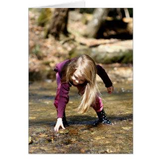 Pesca para una roca tarjeta de felicitación