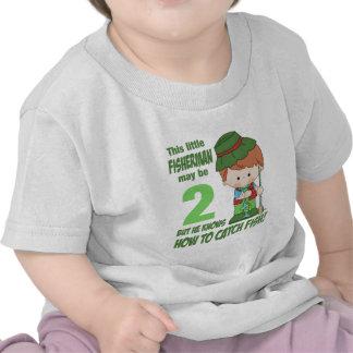 pescador de dos años camiseta